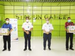 KAI Berikan Santunan Rp 328 Juta Rupiah untuk Porter Stasiun