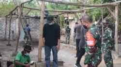 Kepala Desa Pantau Warganya Bekerja di Pelaksanaan TMMD Kodim 0817/Gresik