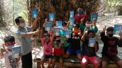 Momentum Hari Anak Nasional 2021, Pegiat Literasi Probolinggo Kumpulkan Anak-Anak Dirikan Lincak Pintar