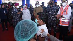 Korps Marinir dan Kemenhub Melaksanakan Serbuan Vaksin di Pelabuhan Merak Banten