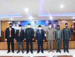 Bupati Tanjabbar Lantik 4 Pejabat Struktural Di Lingkungan Pemkab
